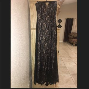 Black laced gown ✨🌟